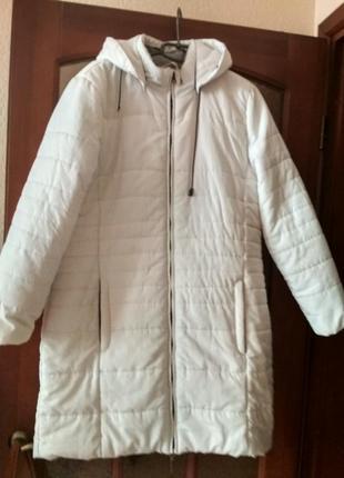 Женская куртка белая