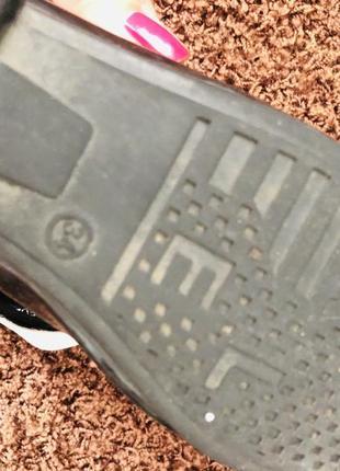 Лаковые туфельки 33-34 р3 фото
