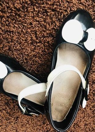 Лаковые туфельки 33-34 р