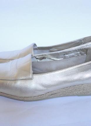 Туфли на широкую ножку из натуральной кожи р.40