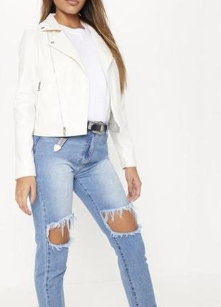 Белая куртка -косуха женская экокожа от prettylittlething