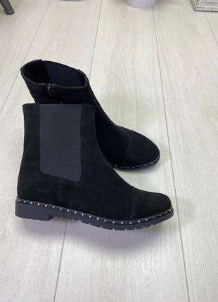 Женские ботинки черные на низком ходу натуральная замша mary 1-1