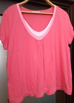 Рожева футболка