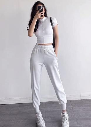 Штаны на манжетах ,спортивные штаны