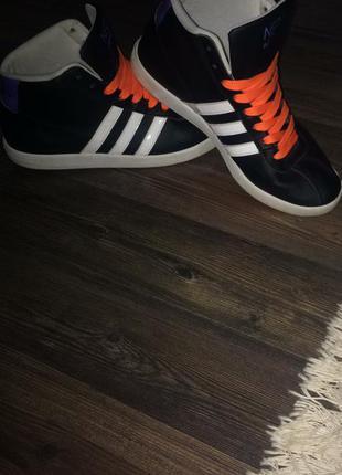 Кросівки adidas original