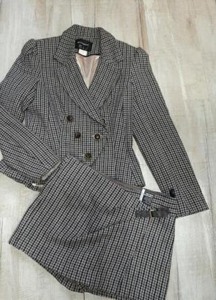 Костюм шорты и пиджак