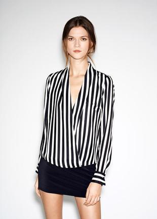 Шифоновая блуза в полоску с рукавами вырез декольте черная белая полоска на запах