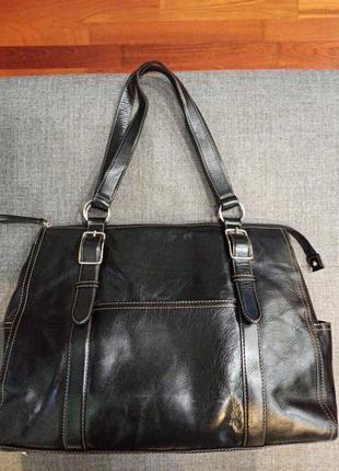 Шикарная кожаная сумка от fossil