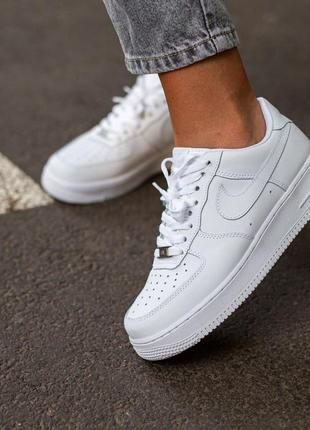 Женские кожаные кроссовки nike air force