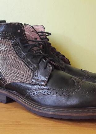 Стильные мужские ботинки pat calvin.