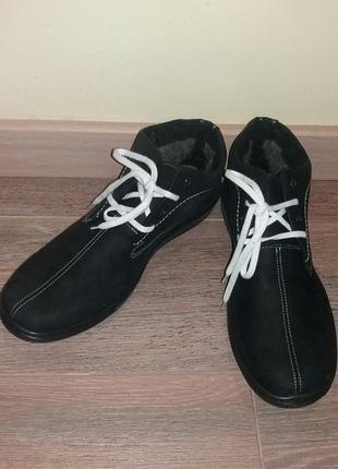 Мужские черные ботинки из кожи мех poland