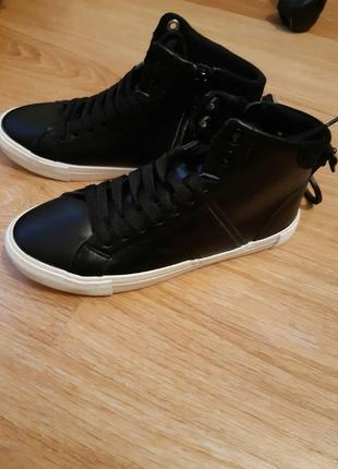 Фирменные ботинки  хайтопы