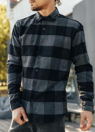Мужская клетчатая рубашка