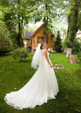 Свадебное платье цвета слоновая кость {айвори}