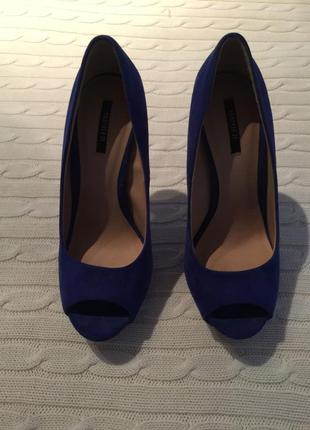 Елегантні туфлі