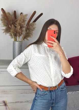 Белая хлопковая рубашка из прошвы