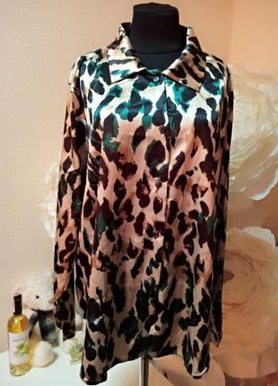 Стильная рубашка леопард батал