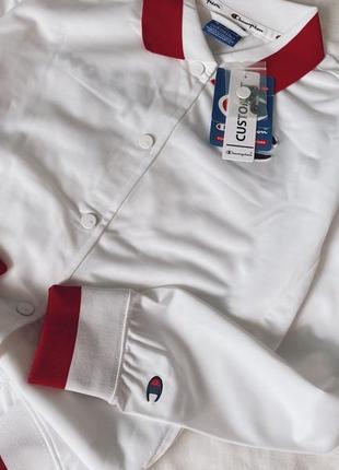 Бомбер champion белая курточка олимпийка кофта на кнопках  большое лого бренд