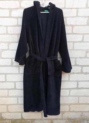 Махровый халат с капюшоном benetton
