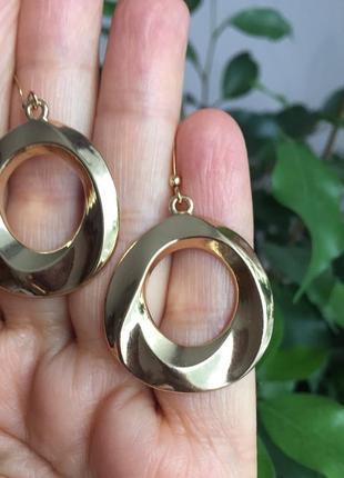 Винтажные серьги кольца золотистые