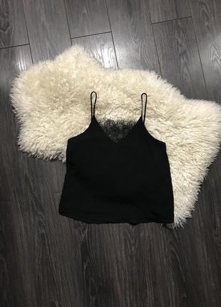 Чёрная шифоновая майка в бельевом стиле