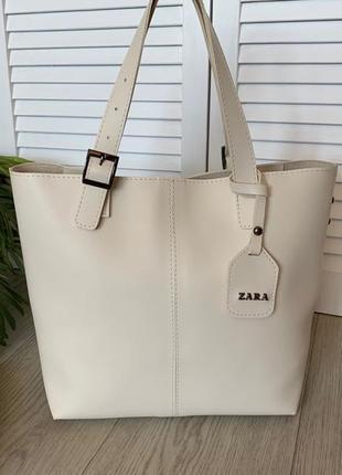 Новая большая светлая кожаная сумка