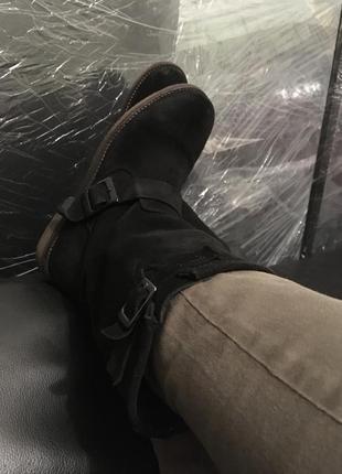 Замшевые ботинки сапоги mustang