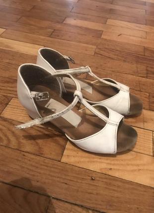 Туфли аида танцевальные для тренировок