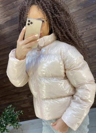 Куртка глянцевая