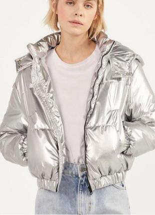 Куртка bershka, смотрите фото вживую