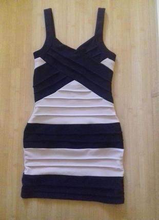 Бандажное платье l