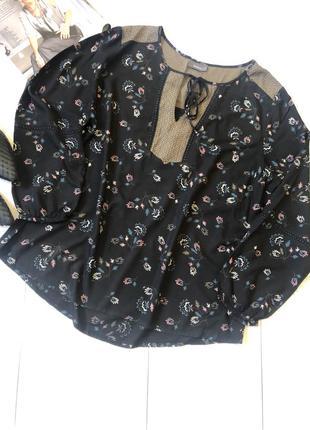 Чёрная блуза рубашка батал в цветочный принт c&a