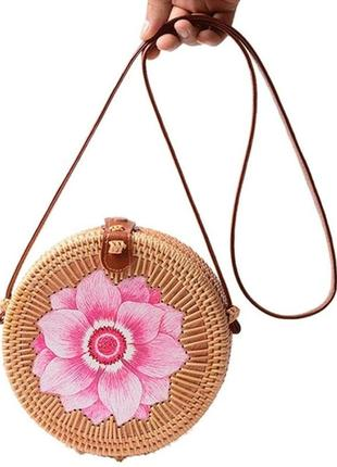 Соломенная сумка плетёная из ротанга