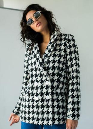 Модный пиджак в гусиную лапку