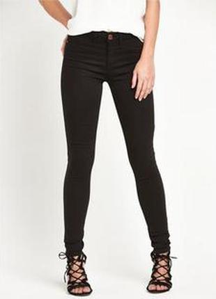 Черные узкие джинсы скинни xs на худенькую высокую девушку