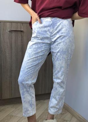 Крутые джинсы брюки штаны стильные тренд сезона