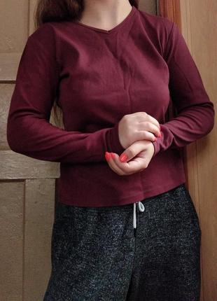 Кофточка бордовая