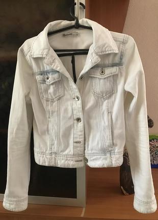 Джинсовая куртка пиджак stradivarius s❤️