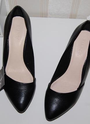 Туфли лодочки черные стелька кожа 37 р, 23.5 см