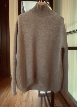 Фирменный свитер из мериносовой шерсти цвета «кэмел»