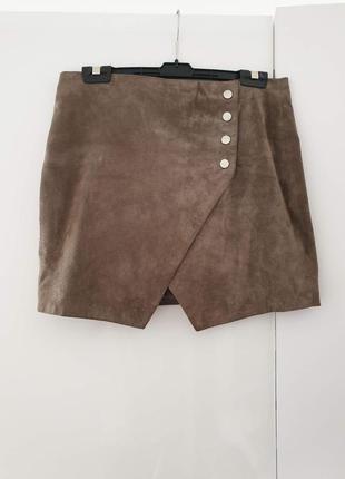 Мини юбка из натуральной замши от mango ( размер м)