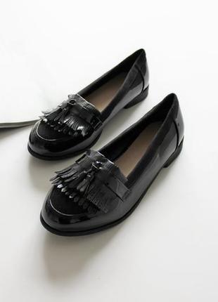 Женские чёрные лоферы