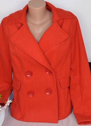 Брендовое красное демисезонное пальто полупальто с карманами south вискоза этикетка