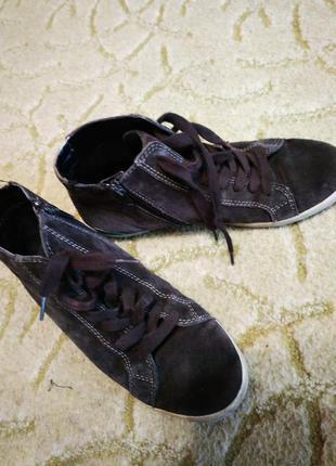 Ботинки натуральная замша 38 розмер
