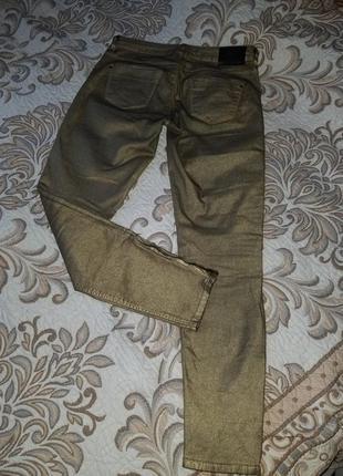 Шикарные золотистые стрейчевые брюки штаны zara