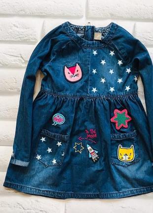 Tu стильное джинсовое платье на девочку 5-6 лет