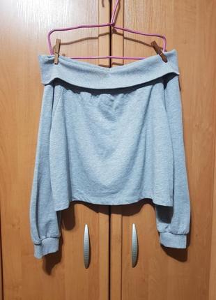 Интересный свитерок, серая кофта на плечики, кофточка, свитер со спущеными плечами