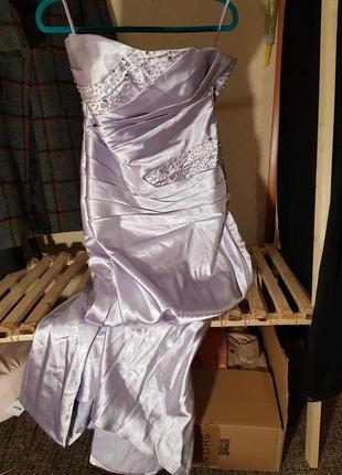 Платье бальное лавандового цвета со стразами
