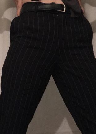 Брюки/штани/штаны класичні прямі в пряму смужку