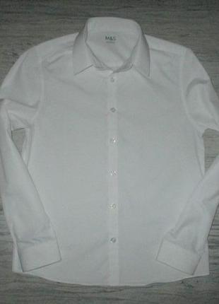 Беленькая рубашечка с длинным рукавом фирмы маркспенсер на 12 лет